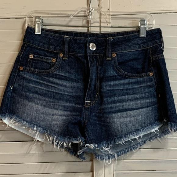 American Eagle Cutoff Shorts Size 4 Stonewash